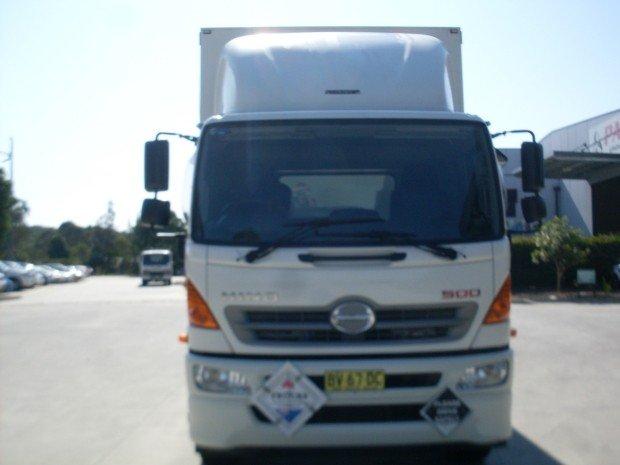 2013 Hino GH 1728-500 Series 12 PALLET CURTAINSIDER WHITE