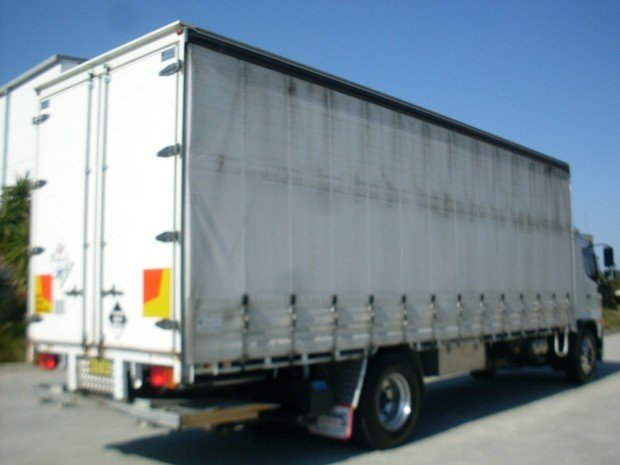 2013 Hino GH 1728-500 Series 12 PALLET CURTAINSIDER WHITE