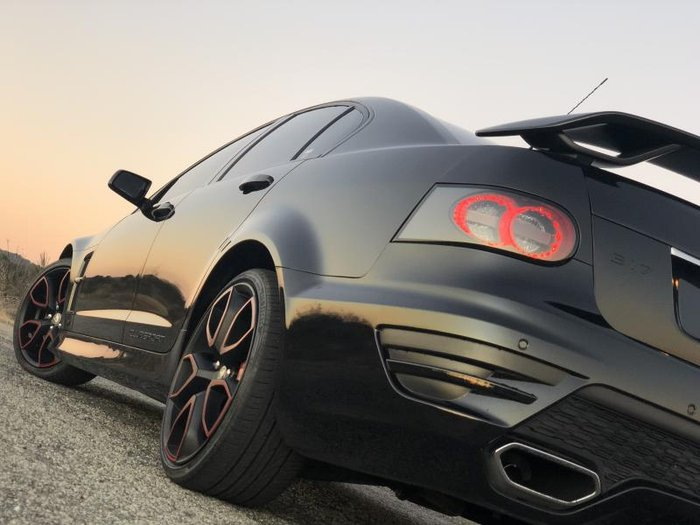 2011 HSV CLUBSPORT R8 E3 PHANTOM BLACK