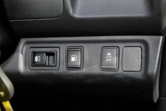 2017 NISSAN NAVARA RX DUAL CAB D23 POLAR WHITE