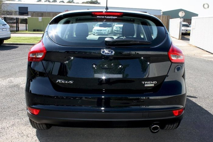 2017 FORD FOCUS TREND LZ Black