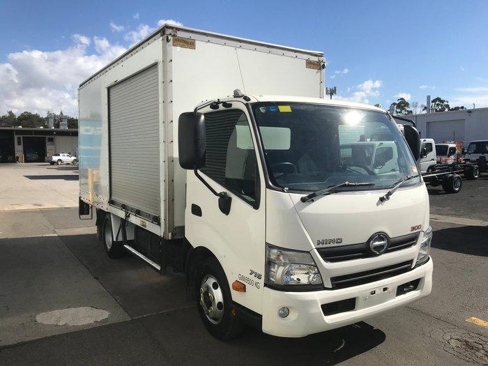 2014 Hino 716 - 300 Series 716 WHITE