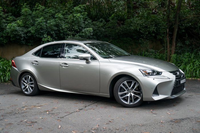 2019 Lexus Is IS300 Luxury ASE30R TITANIUM