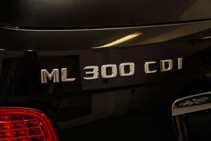 2011 MERCEDES-BENZ ML300 CDI BLUEEFFICIENCY W164 Black