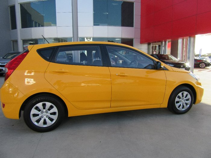 2016 HYUNDAI ACCENT ACTIVE RB4 Yellow