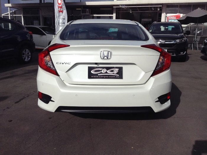 2018 HONDA CIVIC VTI-S 10th Gen White