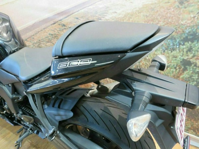 2011 Kawasaki ZX-6R (ZX636) NINJA Black