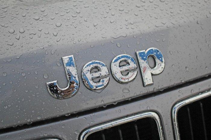 2013 JEEP GRAND CHEROKEE Laredo WK Silver