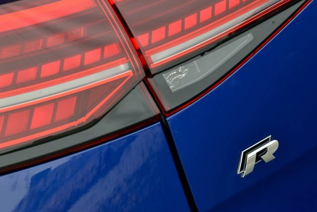 2018 VOLKSWAGEN GOLF R WOLFSBURG EDITION 7.5 MY18 LAPIZ BLUE