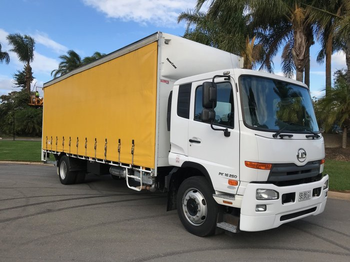 2013 UD PK16 250 PK16 250 4x2 curtainsider White cabin, Yellow curtains