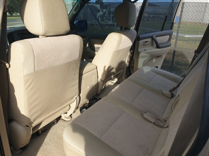 2002 Toyota Landcruiser GXL UZJ100R 4X4 Constant CREAM