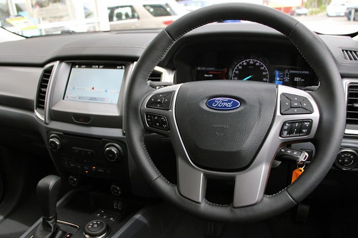 2018 FORD EVEREST Trend UA Maroon