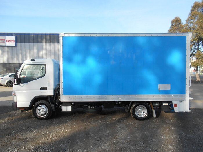 2014 Fuso Canter 515 Wide