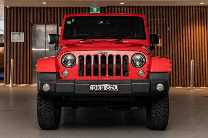 2016 Jeep Wrangler Unlimited Overland JK MY17 red
