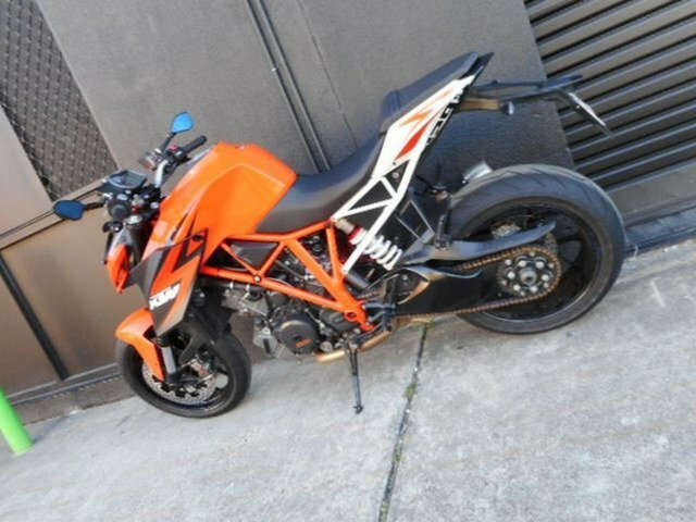 2014 KTM 1290 SUPER DUKE R Orange