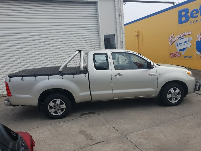 2008 TOYOTA HILUX SR5 GGN15R Silver