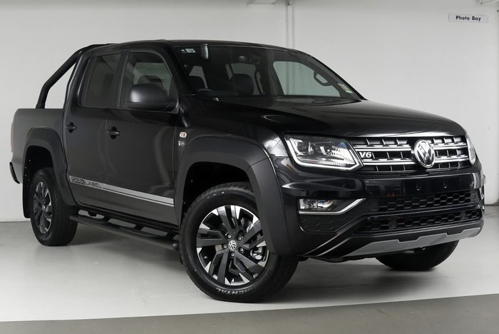 2018 VOLKSWAGEN AMAROK TDI550 Dark Label 2H Black