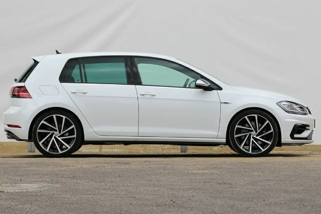 2018 VOLKSWAGEN GOLF R 7.5 MY18 PURE WHITE