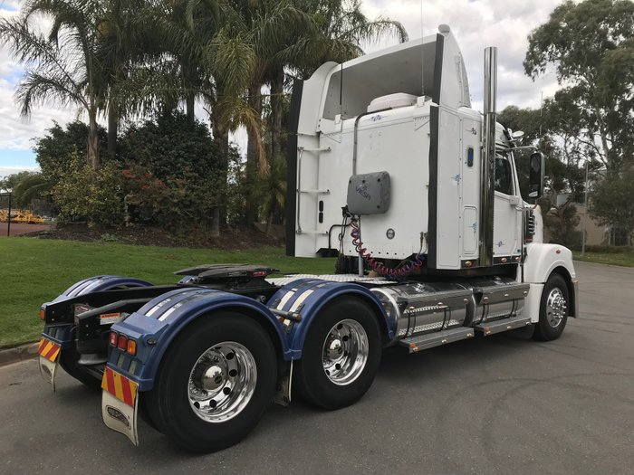 2013 Freightliner Coronado White cab, black chassis