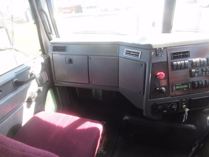 2007 Western Star 4864FX CONSTELLATION