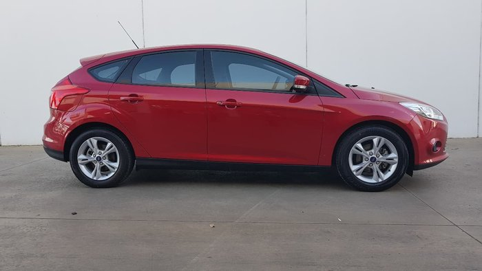 2013 FORD FOCUS Ambiente LW MKII Red