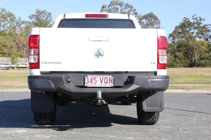 2015 HOLDEN COLORADO LS RG White