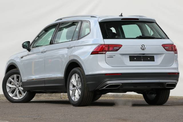 2018 VOLKSWAGEN TIGUAN 110TSI COMFORTLINE A 5N MY18 WHITE SILVER