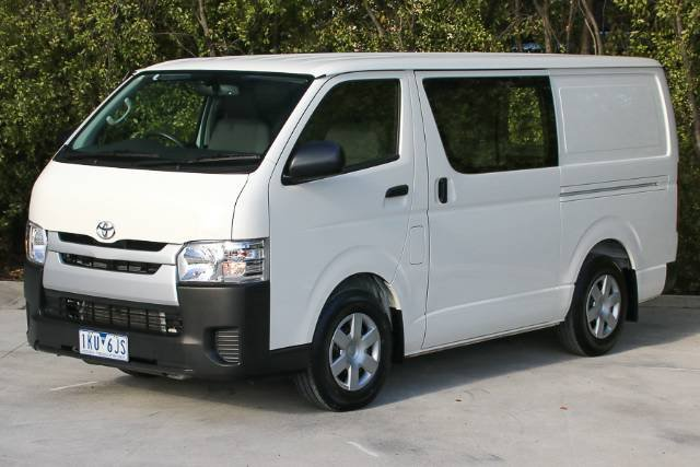 2017 TOYOTA HIACE LONG WHEELBASE KDH201R WHITE