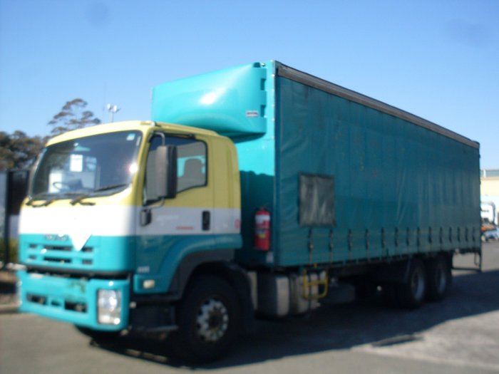 2009 Isuzu FVM1400 FVM 1400 GREEN/YELLOW
