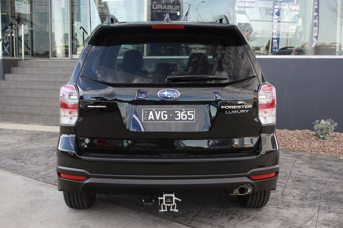 2018 SUBARU FORESTER 2.5i-L Luxury S4 Black