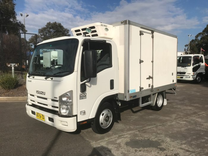 2008 Isuzu NNR200 NNR200 REFRIGERATED PAN WHITE