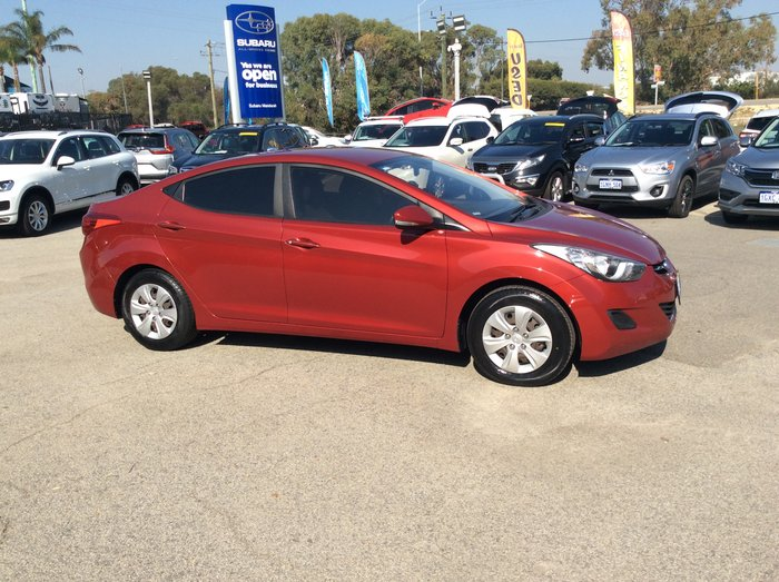 2012 Hyundai Elantra Active MD RED