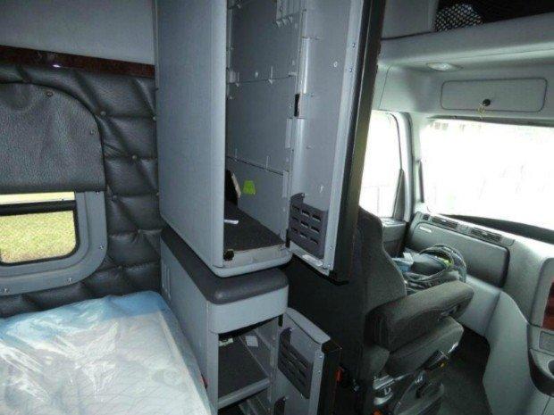 2018 Freightliner Coronado Coronado114 58XT White cab