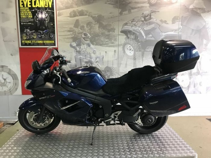 2010 Triumph SPRINT GT Blue
