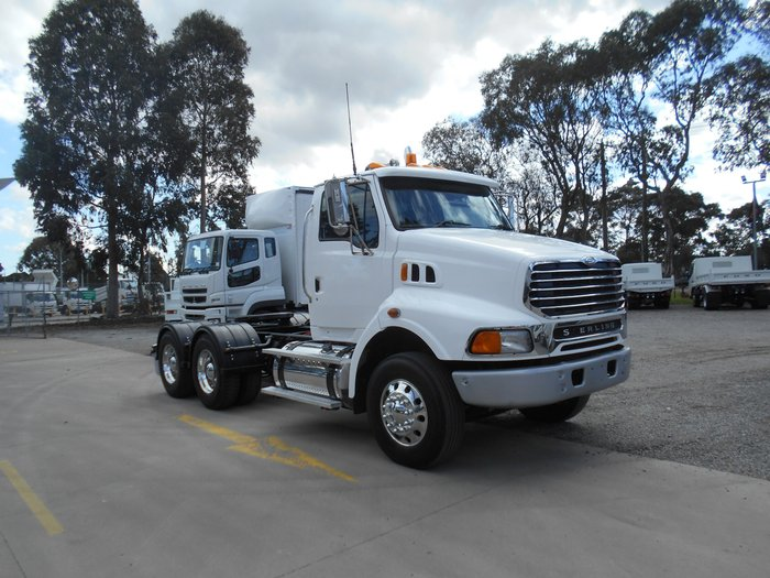 2007 Sterling LT9500 Sterling LT9500 LOW KMS WHITE