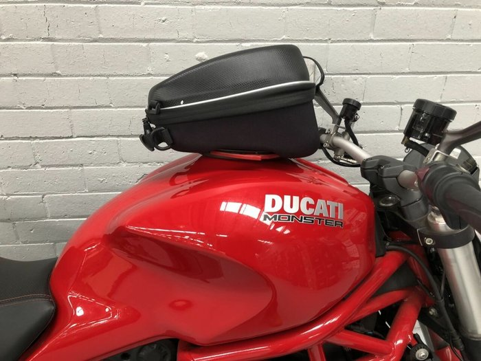 2014 DUCATI MONSTER 1200 Red