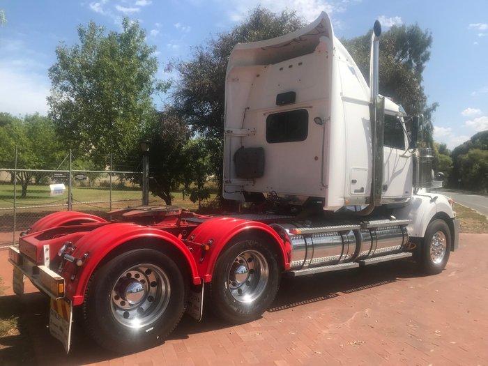 2011 Western Star 4864FX 4800FX WHITE