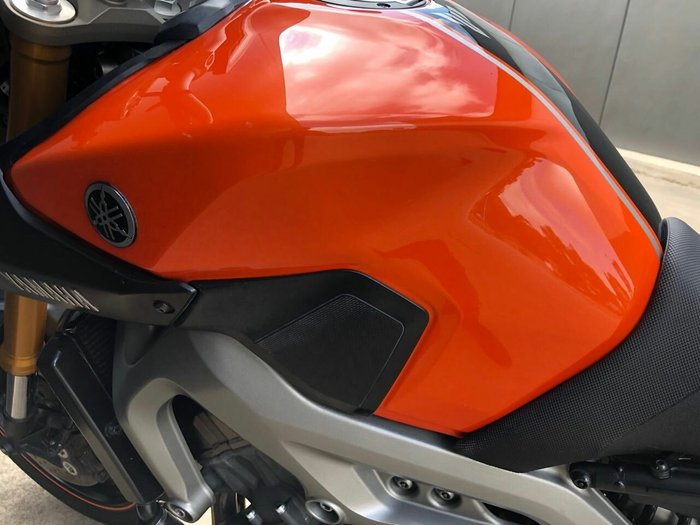 2013 Yamaha MT-09 Orange