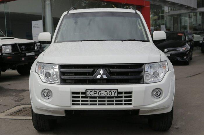 2013 Mitsubishi Pajero