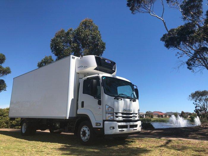 2017 Isuzu FSR 120/140-240 8 Pallet Fridge Truck