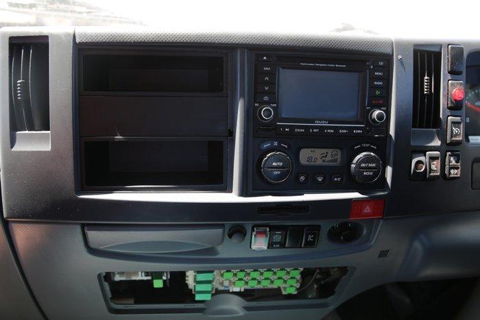 2009 Isuzu FTR900 CAB CHASSIS RED