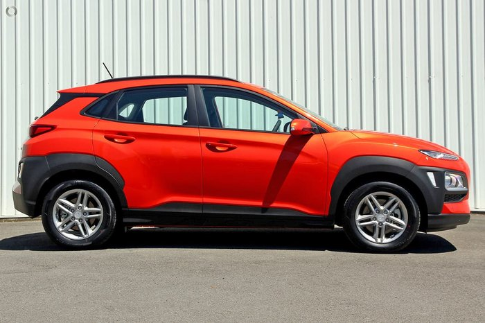 2018 HYUNDAI KONA Active OS Orange