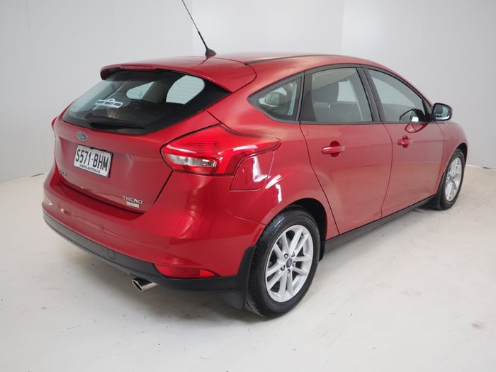 2015 FORD FOCUS Trend LZ Red
