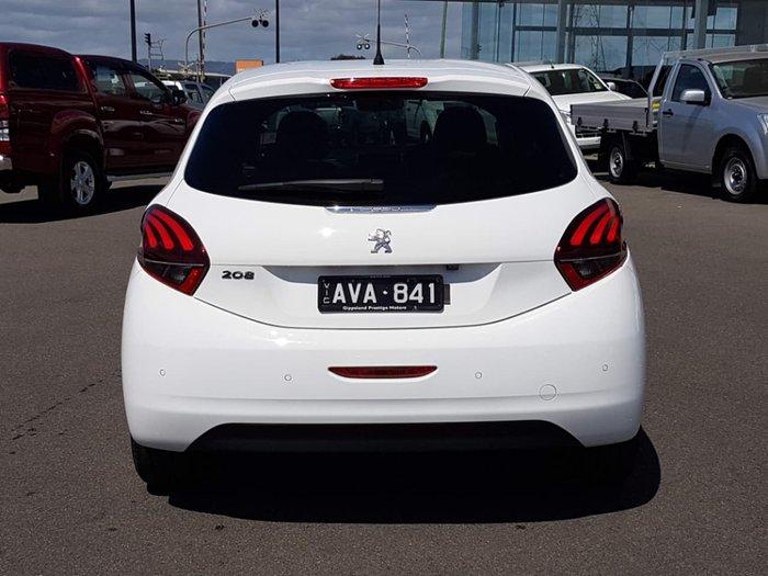 2017 PEUGEOT 208 Avantage Edition A9 White