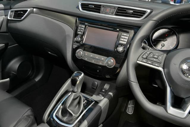 2018 Nissan QASHQAI ST-L J11 Series 2 PEARL BLACK