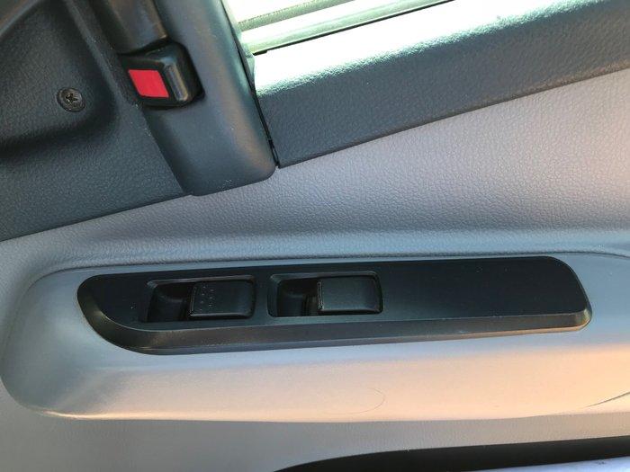 2011 Mitsubishi Canter 918 White