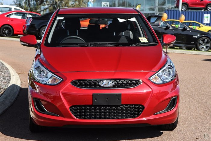 2018 HYUNDAI ACCENT Sport RB6 Red