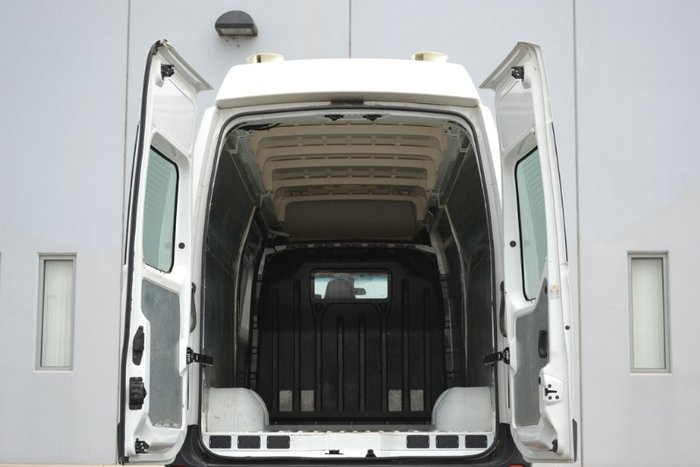 2017 Renault Master HIGH ROOF LONG WHEEL X62 GLACIER WHITE