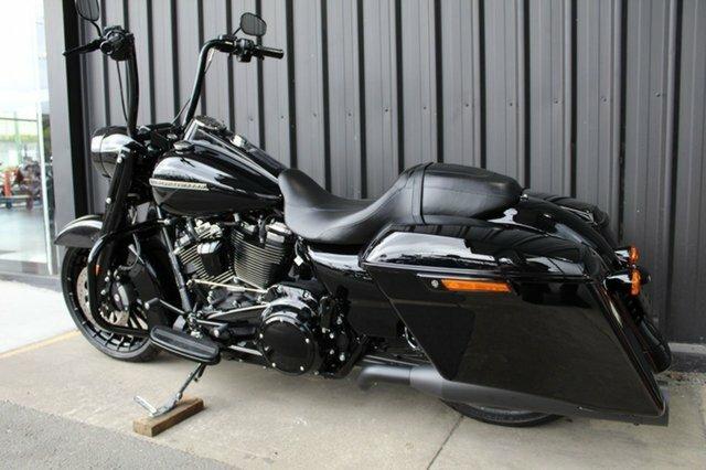 0 Harley-davidson 2018 HARLEY DAVIDSON FLHRXS ROAD KING SPECIAL Black