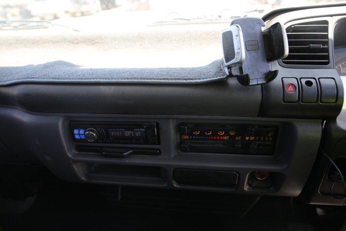 2004 Isuzu NQR450 WHITE